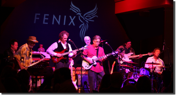 Fenix Band Shot